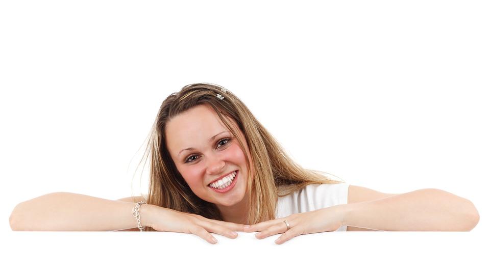 Un sorriso perfetto: sicuro biglietto da visita per chi cerca lavoro