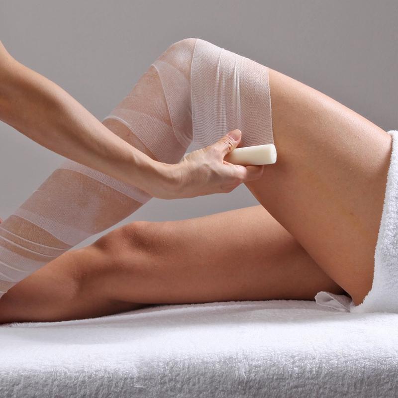 Il bendaggio medico eliminerà i ristagni di liquidi in eccesso dal vostro corpo