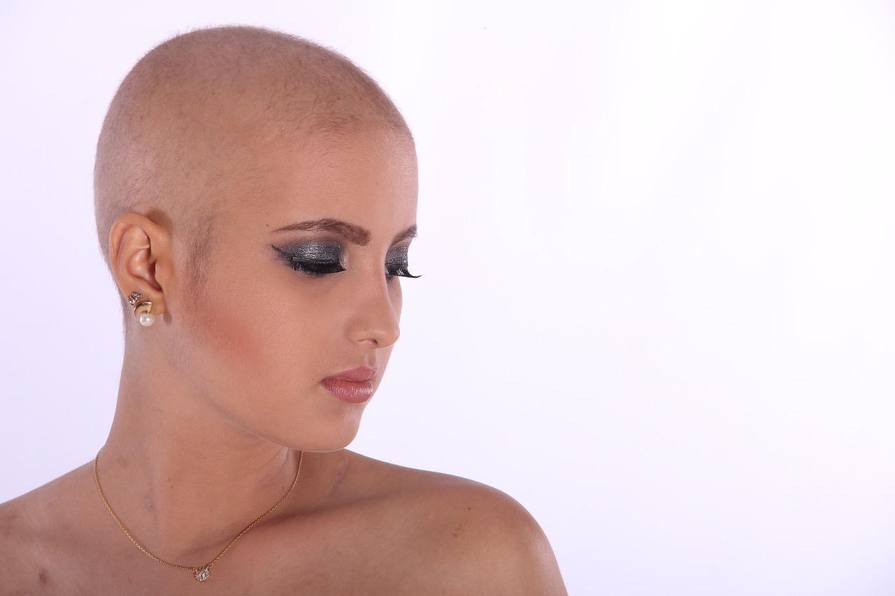 Dal forno al microonde alla chemioterapia: è allarme Fake News
