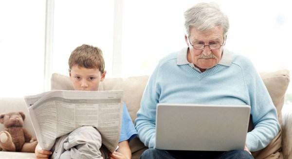 Terza Età e Comunicazione Digitale: gli Over 65 sempre più social