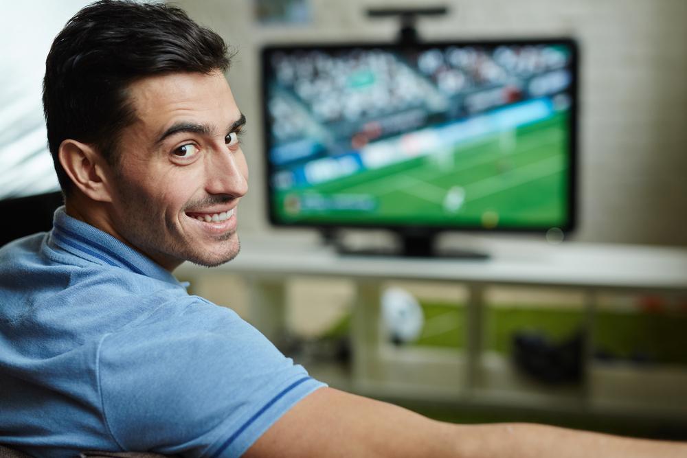 Come Guardare La Televisione Precauzioni Per La Salute Clinica E Benessere