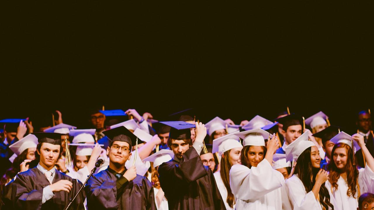 Università online: laurearsi lavorando con le Università Telematiche
