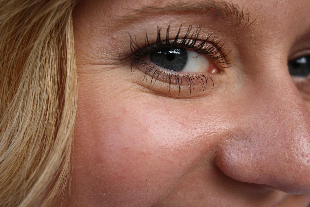 Ringiovanire lo sguardo con la blefaroplastica: Dr Massimo Maida